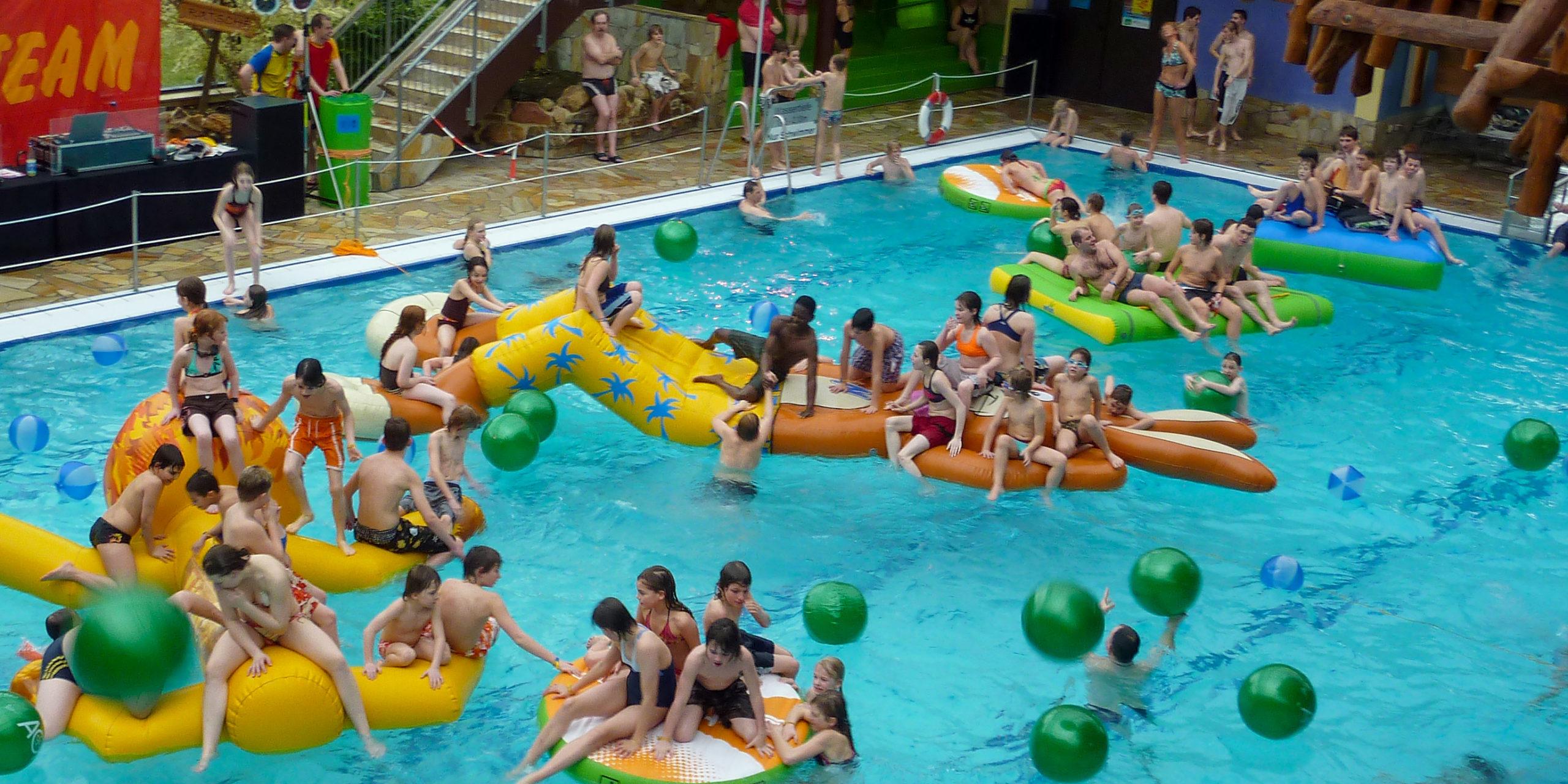 Poolparty im Tropicana Stadthagen