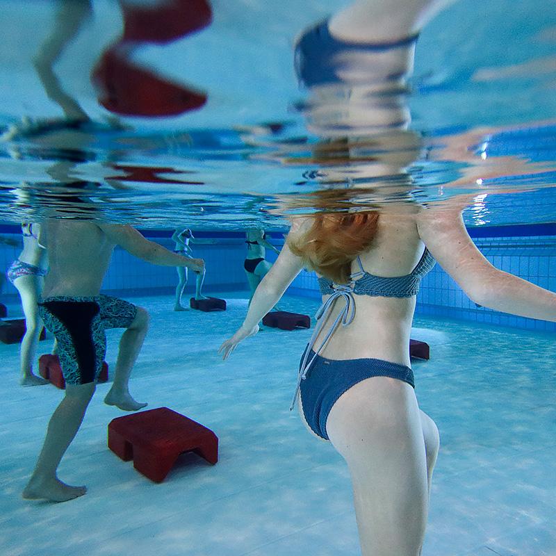 Aquakurse. Wassergymnastik.