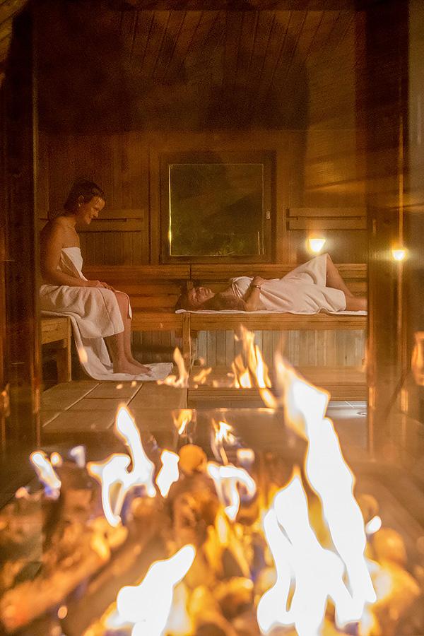 Zwei Biofire Saunen